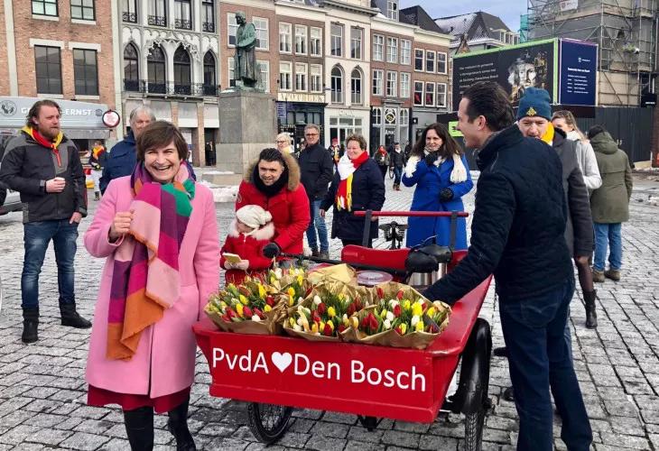 Kandidaat voorzitter PvdA   meer info www.nieuwepvda.nl